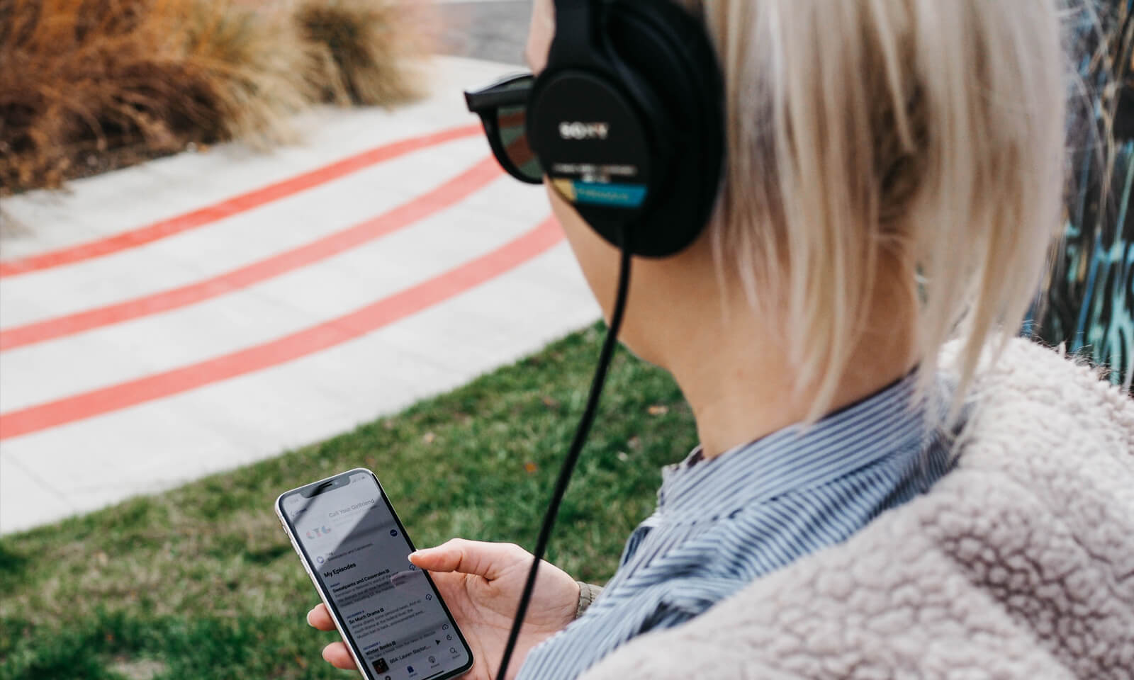 4 Ecommerce Podcasts You Need to Hear ASAP